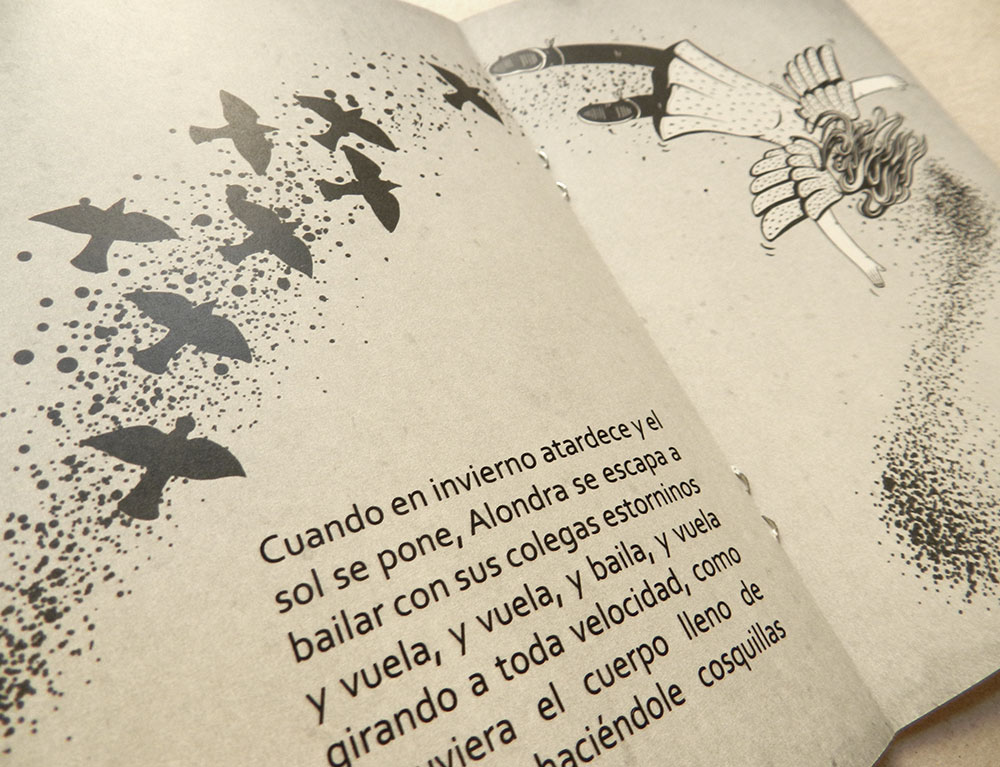 Niña volando con estorninos, doble página ilustrada